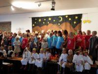 70 Kinder, 50 Erwachsene, ein Musical – Weihnachtsaufführung in der Fabi