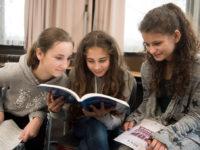 Let's sing: Osnabrücker Chorprojekt mit Schulkindern